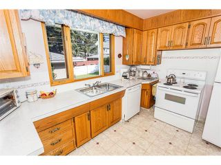 Photo 12: 116 BENNETT Crescent NW in Calgary: Brentwood_Calg House for sale : MLS®# C4021551