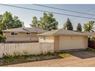 Photo 35: 116 BENNETT Crescent NW in Calgary: Brentwood_Calg House for sale : MLS®# C4021551
