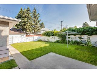 Photo 11: 116 BENNETT Crescent NW in Calgary: Brentwood_Calg House for sale : MLS®# C4021551