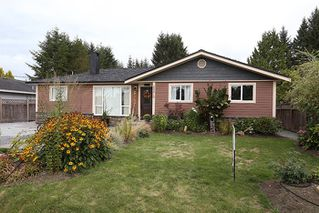 Photo 1: 24819 121 Avenue in Maple Ridge: Websters Corners House for sale : MLS®# R2000375