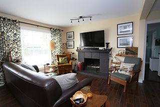 Photo 2: 24819 121 Avenue in Maple Ridge: Websters Corners House for sale : MLS®# R2000375
