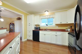 Photo 5: 3818 CHADSEY Crescent in Abbotsford: Central Abbotsford House for sale : MLS®# R2009421