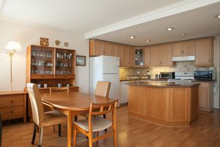 Photo 4: 501 2167 BELLEVUE Ave in West Vancouver: Dundarave Home for sale ()  : MLS®# V1082318