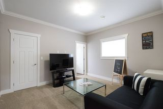 """Photo 18: 7683 210A Street in Langley: Willoughby Heights House for sale in """"Yorkson"""" : MLS®# R2079950"""