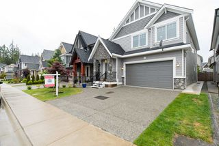"""Photo 2: 7683 210A Street in Langley: Willoughby Heights House for sale in """"Yorkson"""" : MLS®# R2079950"""