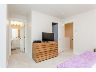 """Photo 11: 17 7374 194A Street in Surrey: Clayton Townhouse for sale in """"ASHER"""" (Cloverdale)  : MLS®# R2077680"""