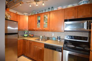 """Photo 3: 401 423 AGNES Street in New Westminster: Downtown NW Condo for sale in """"THE RIDGEVIEW LOFTS & CONDOS"""" : MLS®# R2087236"""