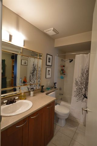 """Photo 10: 401 423 AGNES Street in New Westminster: Downtown NW Condo for sale in """"THE RIDGEVIEW LOFTS & CONDOS"""" : MLS®# R2087236"""