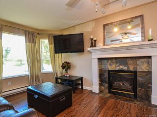 Photo 5: 2327 Galerno Rd in CAMPBELL RIVER: CR Willow Point House for sale (Campbell River)  : MLS®# 738098