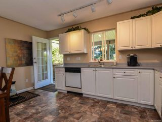 Photo 10: 2327 Galerno Rd in CAMPBELL RIVER: CR Willow Point House for sale (Campbell River)  : MLS®# 738098