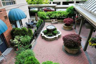 """Photo 10: 203 15111 RUSSELL Avenue: White Rock Condo for sale in """"Pacific Terrace"""" (South Surrey White Rock)  : MLS®# R2102035"""