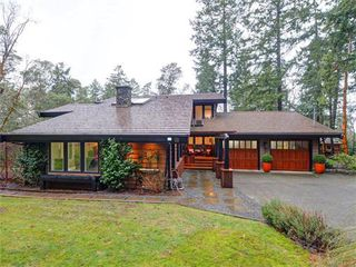 Photo 1: 9310 Glenelg Avenue in NORTH SAANICH: NS Ardmore Single Family Detached for sale (North Saanich)  : MLS®# 373343