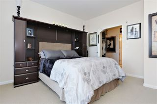 "Photo 9: 418 10180 153 Street in Surrey: Guildford Condo for sale in ""Charlton Park"" (North Surrey)  : MLS®# R2136416"