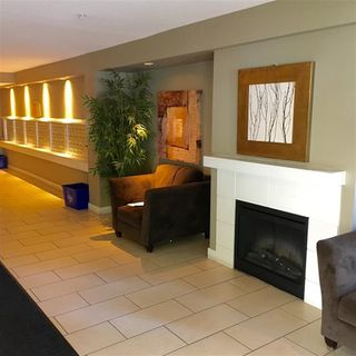 "Photo 2: 419 12248 224TH Street in Maple Ridge: East Central Condo for sale in ""Urbano"" : MLS®# R2140449"