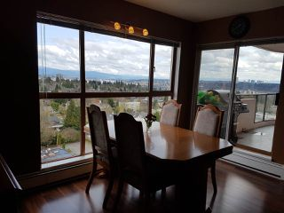 """Photo 4: 1706 612 FIFTH Avenue in New Westminster: Uptown NW Condo for sale in """"The Fifth Avenue"""" : MLS®# R2153907"""