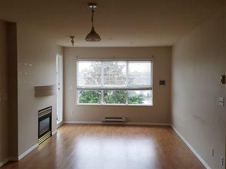 Photo 2: 310 10186 155 STREET in Surrey: Guildford Condo for sale (North Surrey)  : MLS®# R2161654
