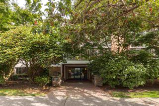 """Photo 2: 106 1877 W 5TH Avenue in Vancouver: Kitsilano Condo for sale in """"WEST ON 5TH"""" (Vancouver West)  : MLS®# R2197302"""