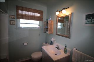 Photo 12: 920 Lodge Ave in VICTORIA: SE Quadra House for sale (Saanich East)  : MLS®# 770642