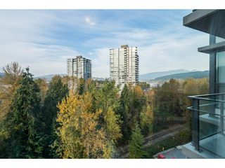 """Photo 3: 1001 301 CAPILANO Road in Port Moody: Port Moody Centre Condo for sale in """"THE RESIDENCES AT SUTER BROOK"""" : MLS®# R2218730"""