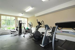 "Photo 18: 411 2551 PARKVIEW Lane in Port Coquitlam: Central Pt Coquitlam Condo for sale in ""The Crescent"" : MLS®# R2219293"