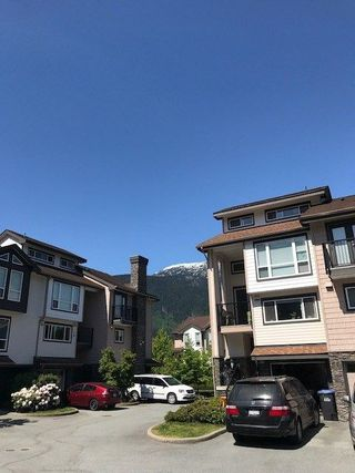 "Photo 3: 2 1261 MAIN Street in Squamish: Downtown SQ House 1/2 Duplex for sale in ""SKYE"" : MLS®# R2226107"