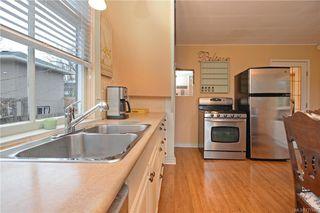 Photo 10: 2044 MILTON St in VICTORIA: OB North Oak Bay House for sale (Oak Bay)  : MLS®# 777437