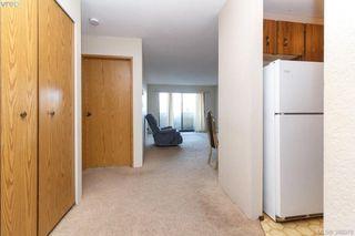 Photo 3: 408 755 Hillside Avenue in VICTORIA: Vi Hillside Condo Apartment for sale (Victoria)  : MLS®# 388078