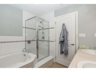 "Photo 15: 502 1551 FOSTER Street: White Rock Condo for sale in ""SUSSEX HOUSE"" (South Surrey White Rock)  : MLS®# R2248472"