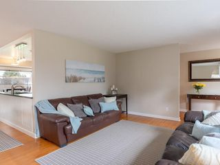 Photo 12: 816 SEYMOUR Avenue SW in Calgary: Southwood House for sale : MLS®# C4182431