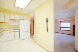Photo 4: 303 1840 Henderson Highway in Winnipeg: Condominium for sale (3G)  : MLS®# 1831575