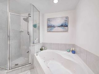 Photo 10: 712 2111 Lake Shore Boulevard in Toronto: Mimico Condo for sale (Toronto W06)  : MLS®# W4376605