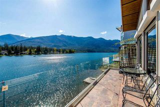 Photo 10: 38 LAKESHORE Drive: Cultus Lake House for sale : MLS®# R2353493