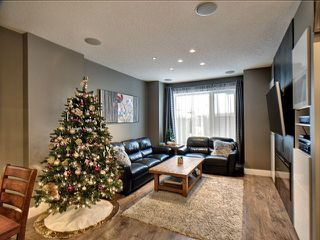 Photo 7: 14026 101A Avenue in Edmonton: Zone 11 House for sale : MLS®# E4152205