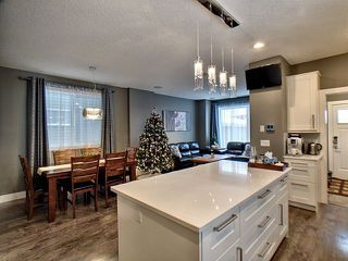Photo 4: 14026 101A Avenue in Edmonton: Zone 11 House for sale : MLS®# E4152205