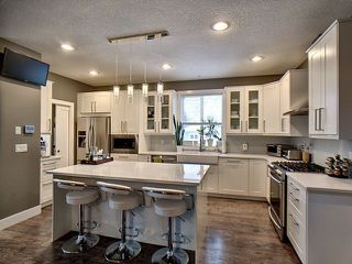 Photo 3: 14026 101A Avenue in Edmonton: Zone 11 House for sale : MLS®# E4152205