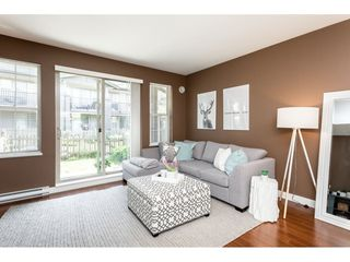 "Photo 4: 21 9525 204 Street in Langley: Walnut Grove Townhouse for sale in ""TIME"" : MLS®# R2364316"