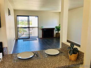 Photo 5: BAY PARK Condo for sale : 2 bedrooms : 2919 Cowley Way #D in San Diego