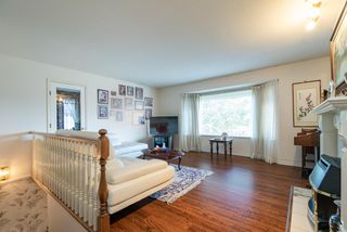 Photo 3: 8840 143 Street in Surrey: Bear Creek Green Timbers House for sale : MLS®# R2376705