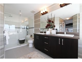 Photo 11: 25523 Godwin Drive in Maple Ridge: Whonnock Home for sale ()