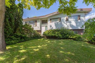 Photo 3: 31661 SOUTHDALE Crescent in Abbotsford: Abbotsford West House for sale : MLS®# R2378760