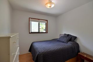Photo 11: 1063 FIRCREST Road in Gibsons: Gibsons & Area House for sale (Sunshine Coast)  : MLS®# R2384299