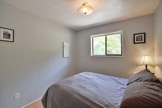Photo 12: 1063 FIRCREST Road in Gibsons: Gibsons & Area House for sale (Sunshine Coast)  : MLS®# R2384299