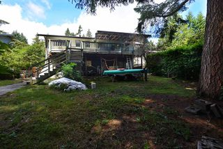 Photo 19: 1063 FIRCREST Road in Gibsons: Gibsons & Area House for sale (Sunshine Coast)  : MLS®# R2384299