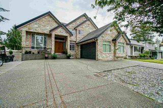 """Photo 1: 13058 ENGLISH Place in Surrey: West Newton House for sale in """"Newton"""" : MLS®# R2385104"""