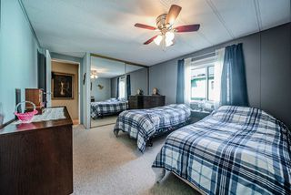 """Photo 11: 72 2303 CRANLEY Drive in Surrey: King George Corridor Manufactured Home for sale in """"Sunnyside Estates"""" (South Surrey White Rock)  : MLS®# R2435775"""