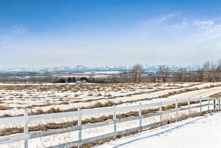 Main Photo: 118019 380 Avenue E: Rural Foothills County Detached for sale : MLS®# C4288066