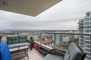 "Photo 14: 1903 125 MILROSS Avenue in Vancouver: Downtown VE Condo for sale in ""Creekside of Citygate"" (Vancouver East)  : MLS®# R2440865"