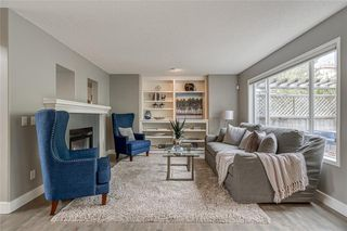 Photo 13: 99 SPRINGBLUFF Boulevard SW in Calgary: Springbank Hill Detached for sale : MLS®# C4299903
