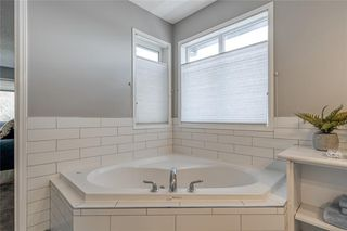 Photo 29: 99 SPRINGBLUFF Boulevard SW in Calgary: Springbank Hill Detached for sale : MLS®# C4299903