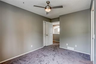 Photo 35: 99 SPRINGBLUFF Boulevard SW in Calgary: Springbank Hill Detached for sale : MLS®# C4299903
